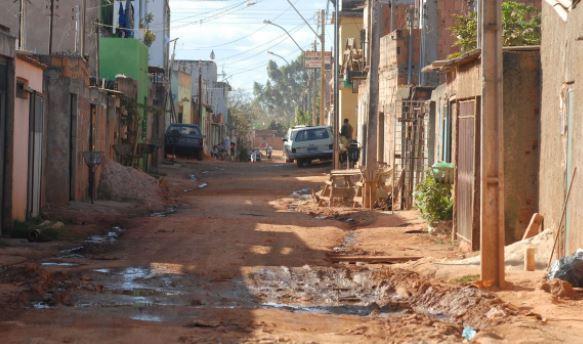Políticas públicas reforçam ações para combater a pobreza no Brasil